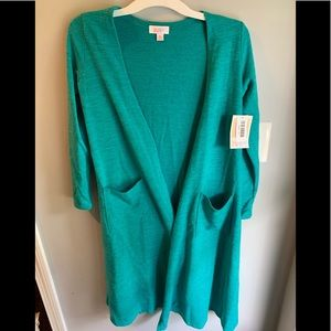 NEW WITH TAGS LuLaRoe Sarah Sweater